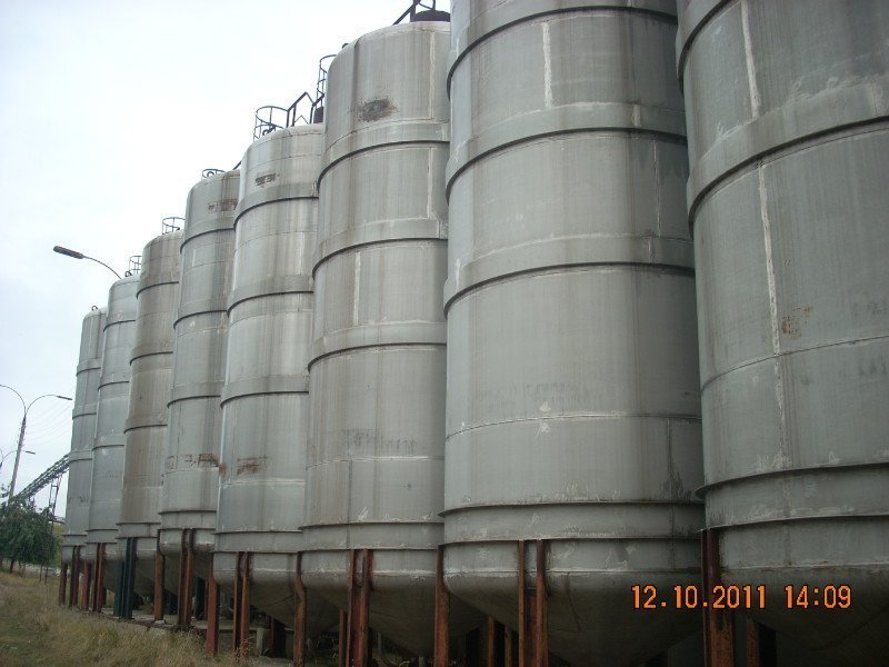 Capacities corrosion-proof on 50 cbm. vertical, Kherson