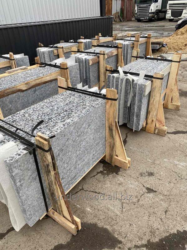 Kiềm chế Granite đỏ vỉa hè vườn GP-1 Kapustinskaya