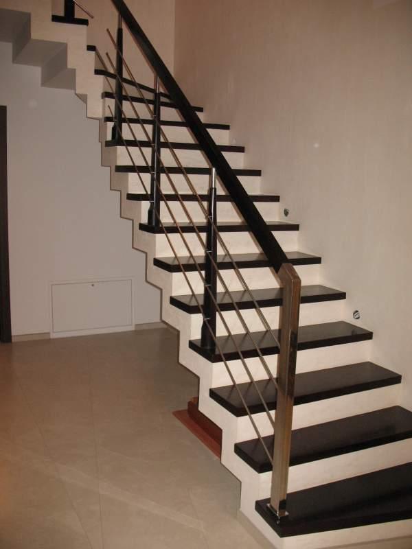 Купити Сходи бетонні