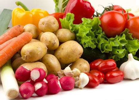 Купить Овощи свежие, Выращивание и продажа плодоовощных культур: морковь, помидоры, кабачки и проч. Также, саженцы яблонь.
