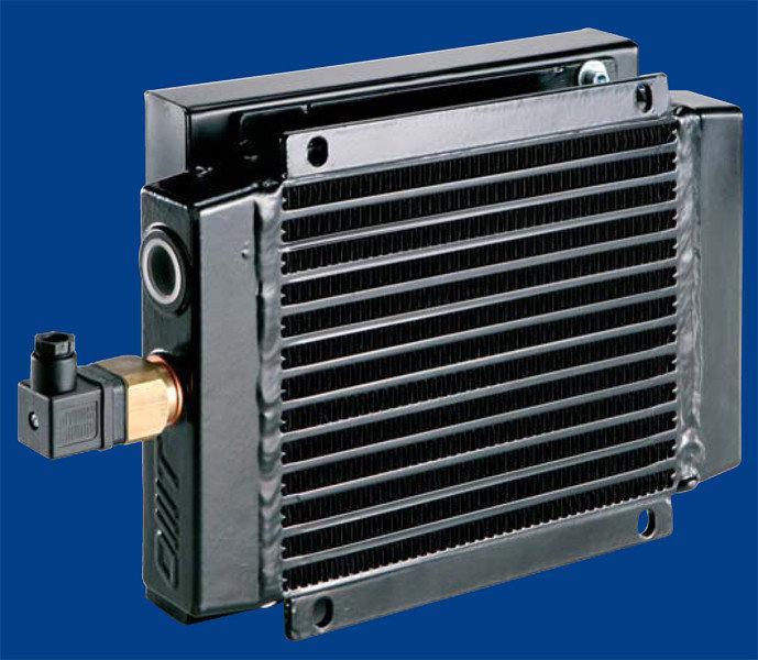 Купить Воздушно-масляный теплообменник SS100100A-P 230V 50/60Hz на лапах OMT