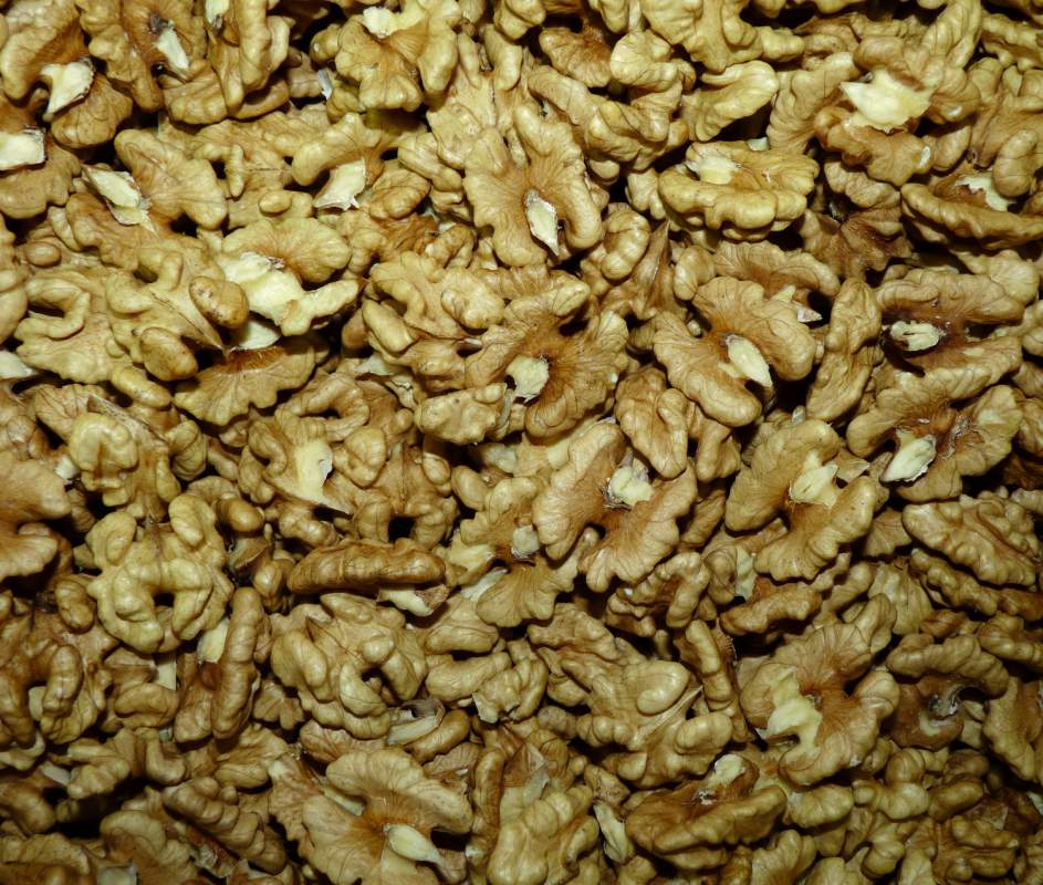Ядро грецкого ореха 1/2, грецкий орех ядро экспорт из Украины. Купить, Цена.