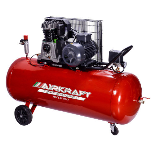 Купить Компрессор поршневой с ременным приводом, Vрес=200л, 510л/мин, 380V, 3кВт AIRKRAFT AK200-510-380