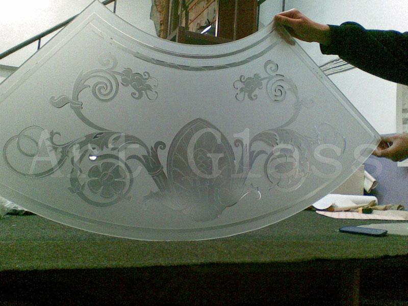 Стекло сатин, сатинированное стекло с эксклюзивными рисунками и узорами, изделия и конструкции из сатинированного стекла
