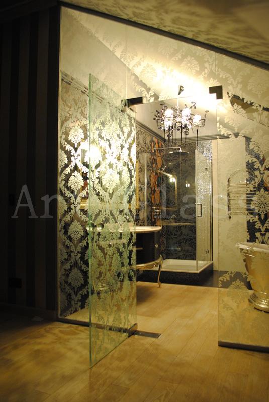 Перегородки для ванной, для душевых кабин, стеклянные шторки