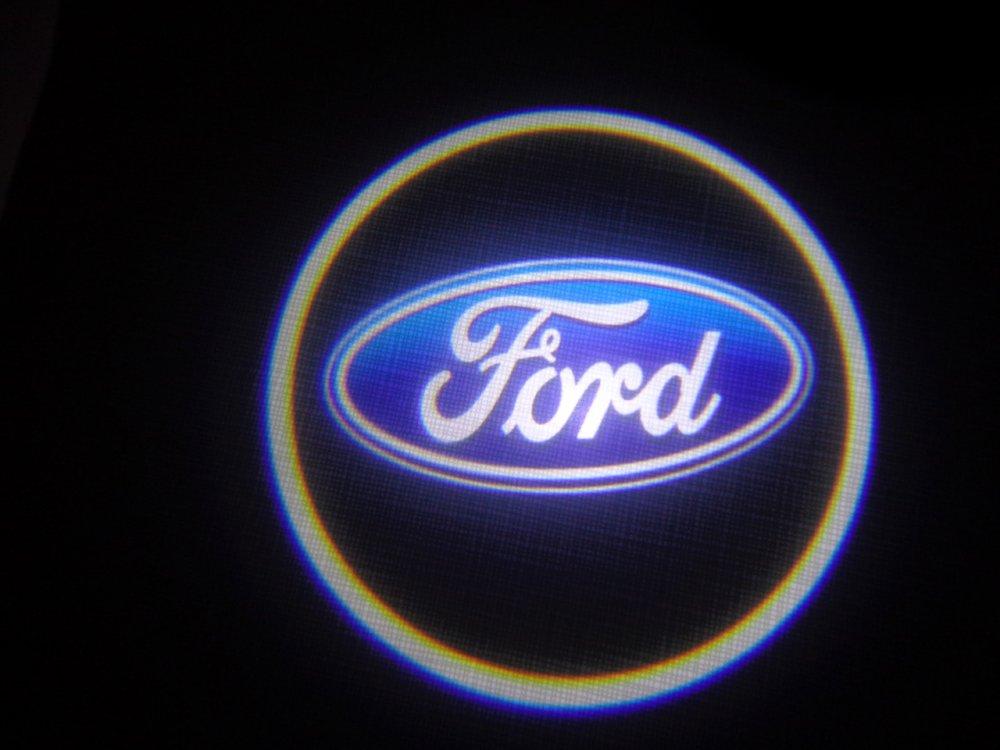 Купить ЛАЗЕРНЫЙ ПРОЕКТОР ЛОГОТИПА В ДВЕРИ Ford