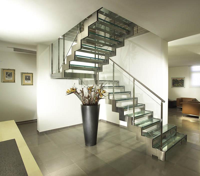 Лестницы металлические, лестницы из стекла и металла