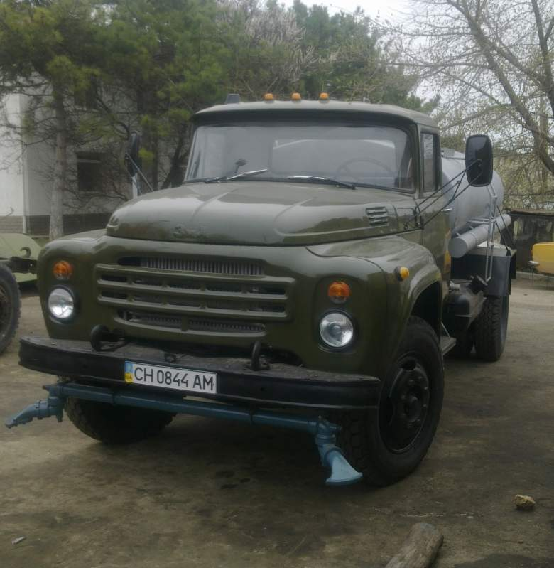 Buy Water-jetting vehicle (ZIL 130)