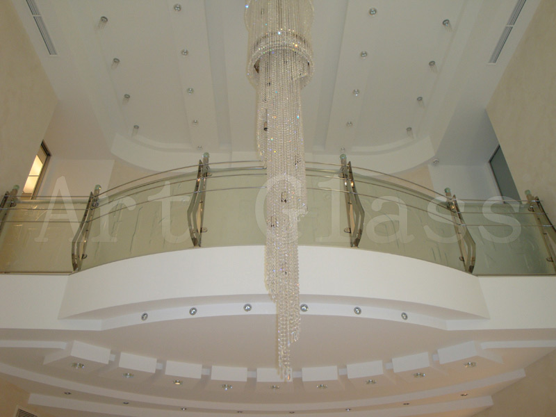 Перила стеклянные, ограждения из стекла