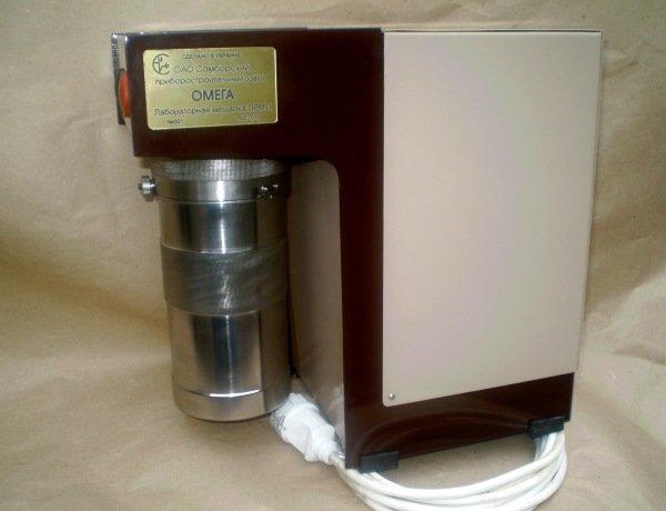 Лабораторная мешалка ЛМР-1 для приготовления проб тампонажного раствора