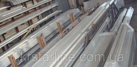Алюминиевый швеллер 25х25х2 мм АД31 Т5 анодований