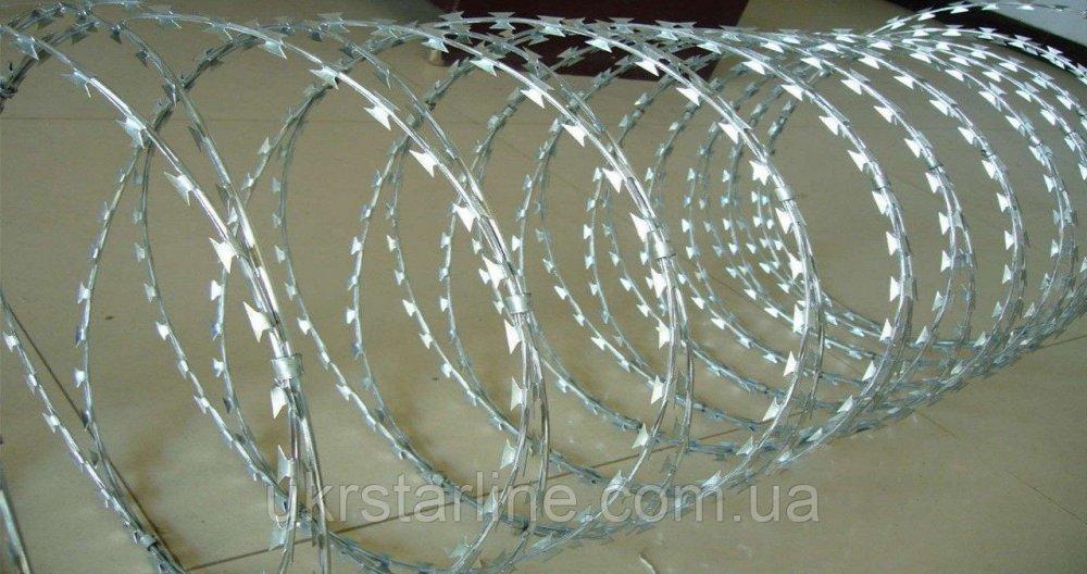 Колючая проволока егоза 450/3 мм с повышенной защитой от коррозии