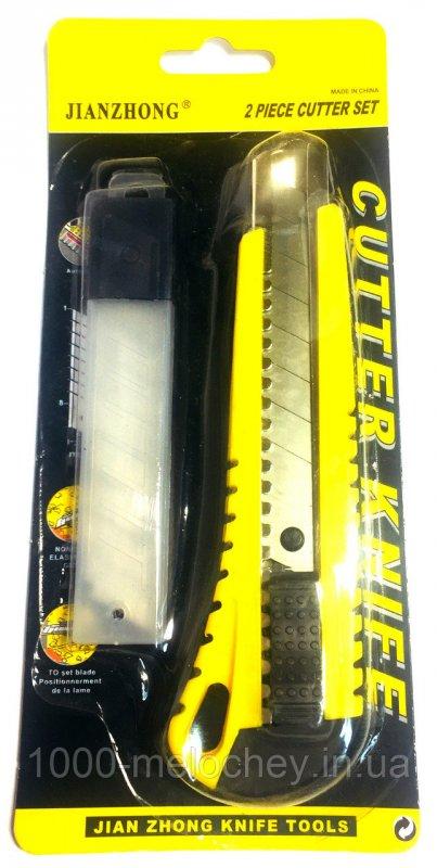Нож канцелярский с запаской JIANZHONG (18mm)