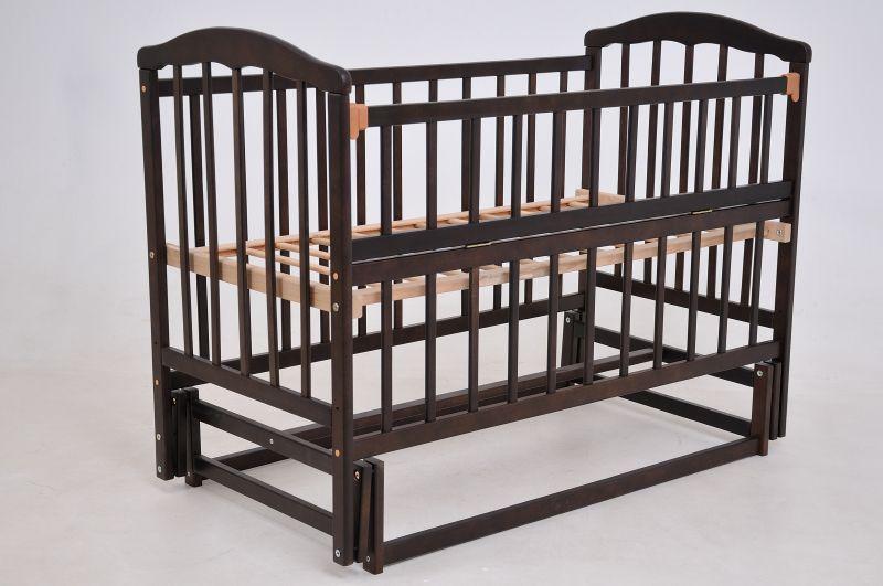Детская кроватка «ЧАЙКА» тониров. лак с откидной боковиной