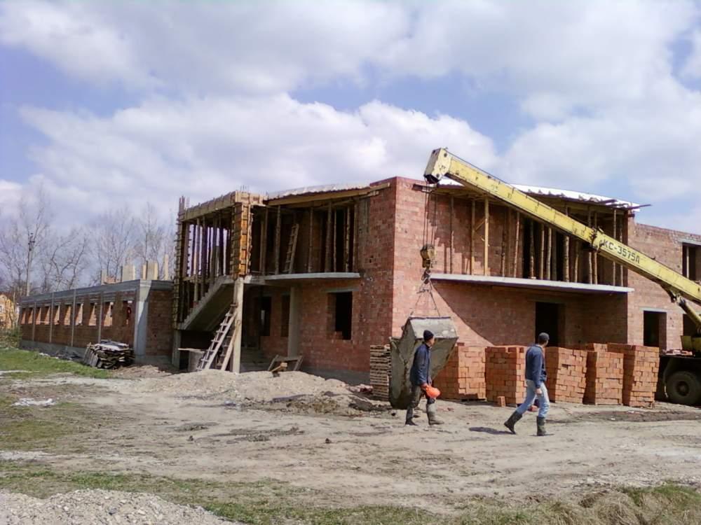 Купить Строительство коттеджей, дач, особняков и частных домов по Черновцам и Черновицкой области
