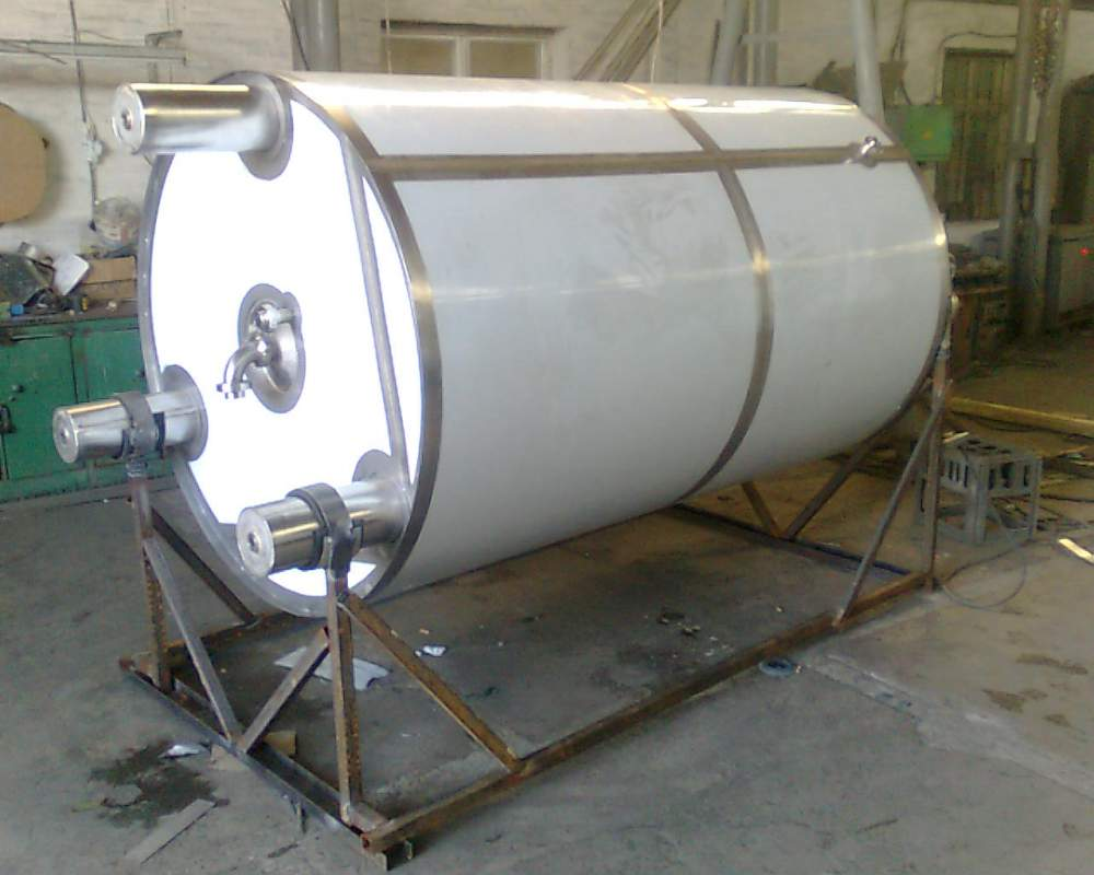 Tanks for maturing of cream and production of fermented milk products