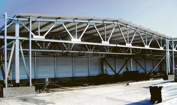 Купить Навесы, Строительство быстровозводимых зданий из металлоконструкций, с использованием термопрофилей и ЛСТК.