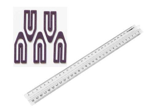 Пресс- формы для производства пластмассовых канцелярских товаров - линейка, скрепки в упаковке. Изготовим пресс-формы под заказ.