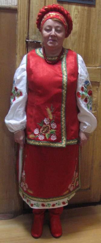 Костюм женский украинский (корсетка, дерга, блуза, пидточка, головной убор,  сапоги). 83f61394022