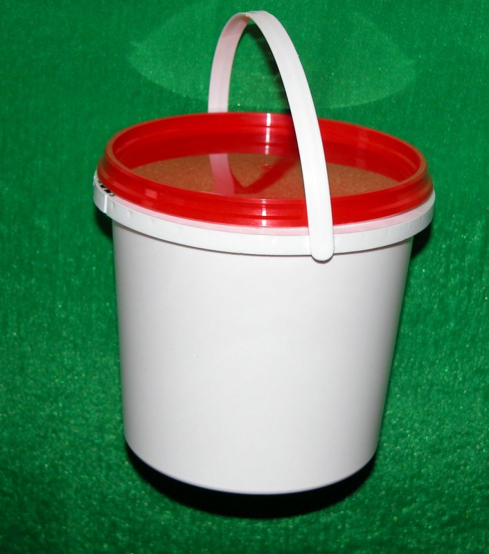 Bucket of plastic 1 l transparen
