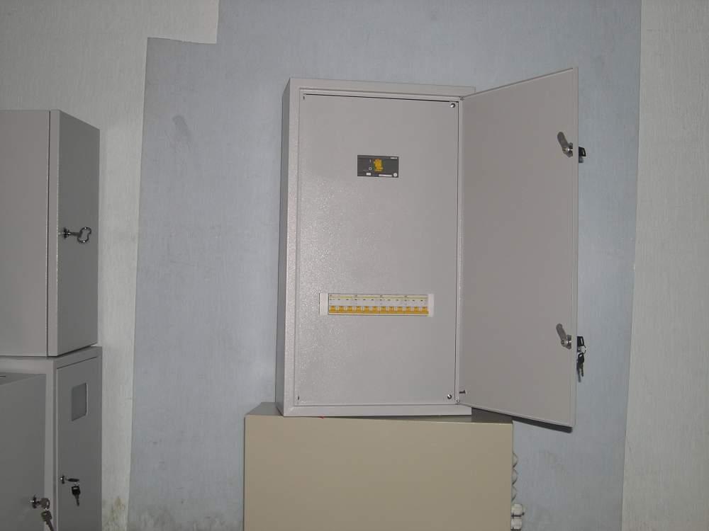 Обладнання керування електроприводами комплектні