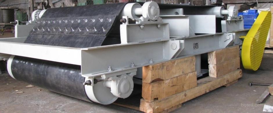 Железоотделители подвесные саморазгружающиеся типа ПС