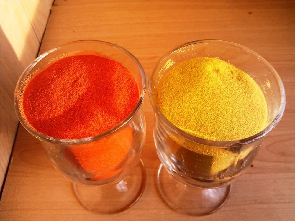 Цветной песок для песочной церемонии.
