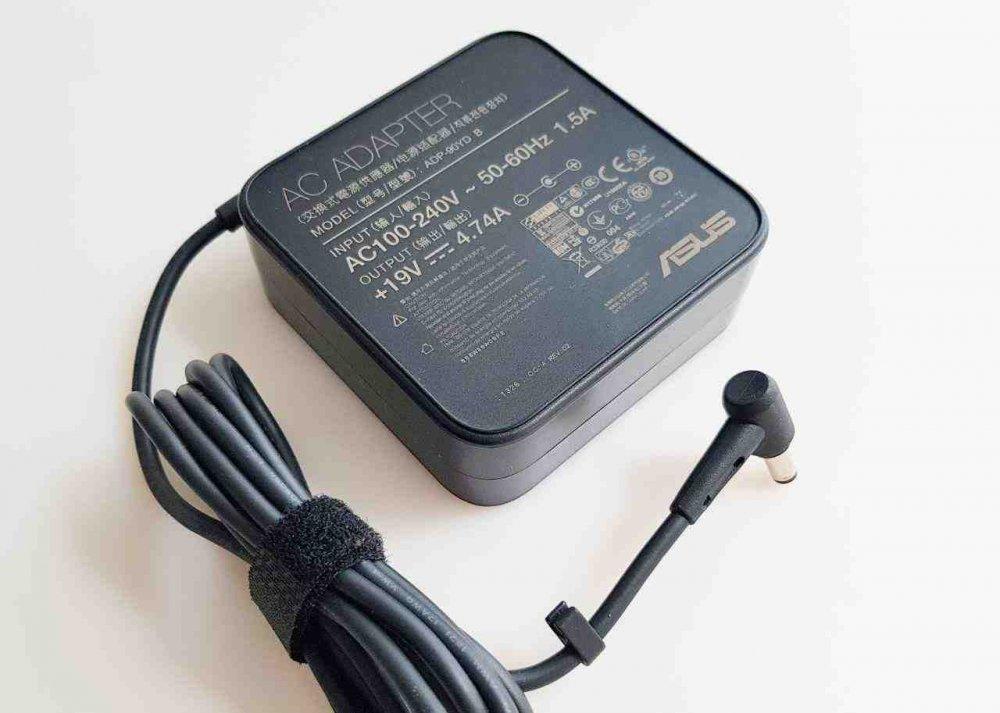 Блок питания Asus K75 19V 4.74A 90W 5.5/2.5 Original Box