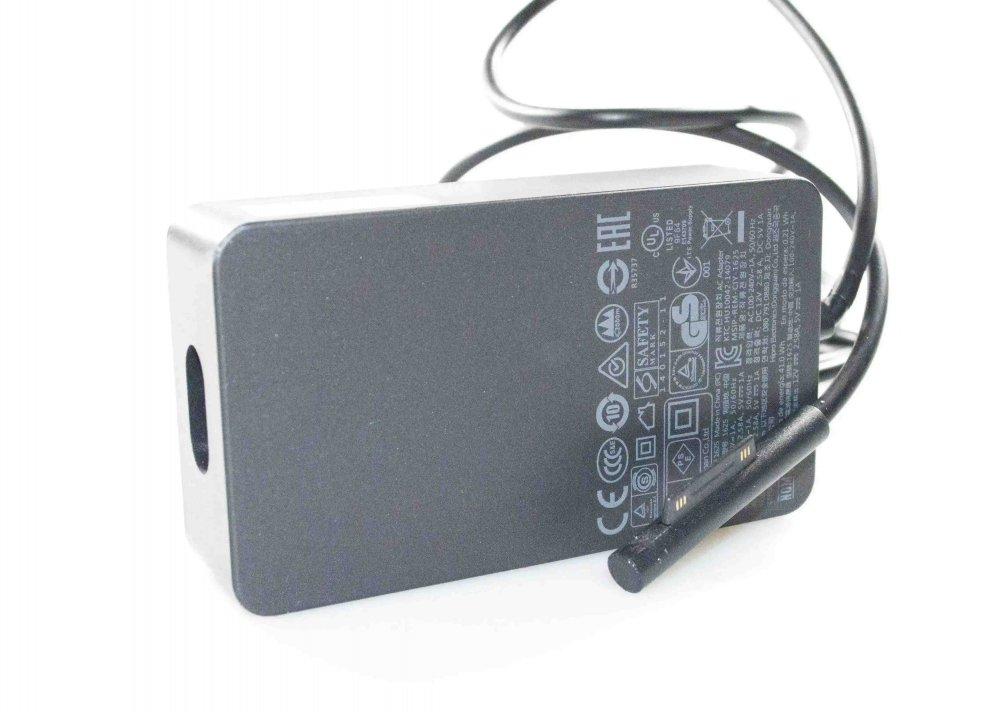 Зарядка для планшета Microsoft Surface Pro 3 12V 2.58A 45W (thin black tip) Оригинал