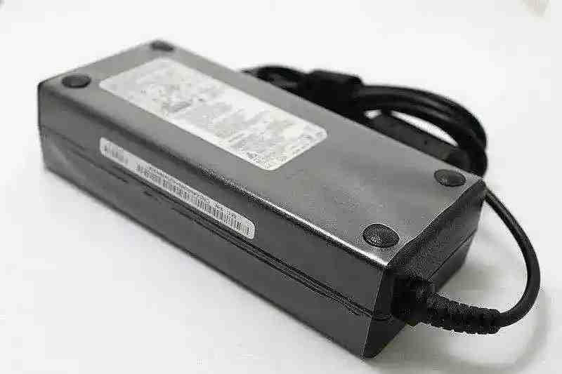 Блок питания Samsung DP700A3B-A02US 19V 6.32A 120W 5.5/3.0 конус Оригинал
