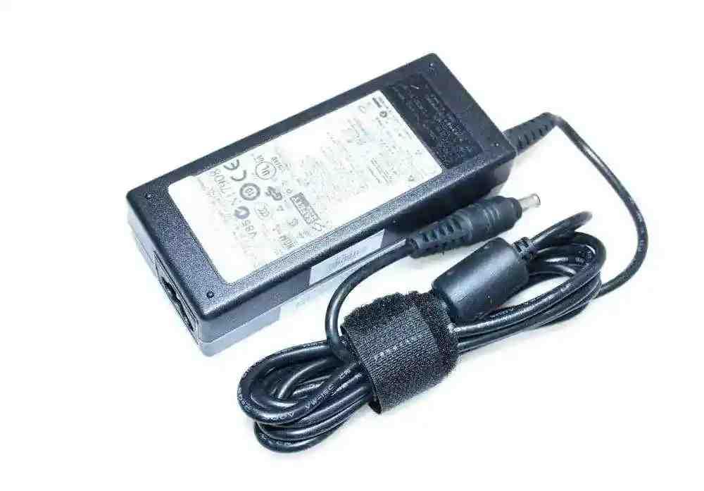 Зарядное устройство для ноутбука Samsung SPA-830E 19V 3.16A 60W (5.5*3.0) Оригинал