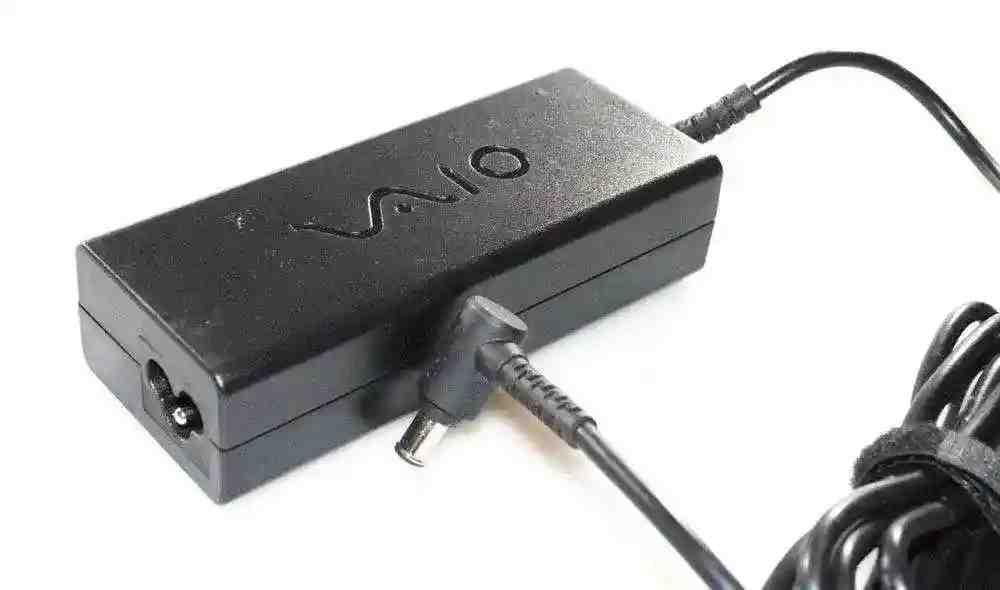 Блок питания для ноутбука Sony Vaio VGP-AC19V42 19.5V 4.7A 90W (6.0*4.4 с иглой) Оригинал
