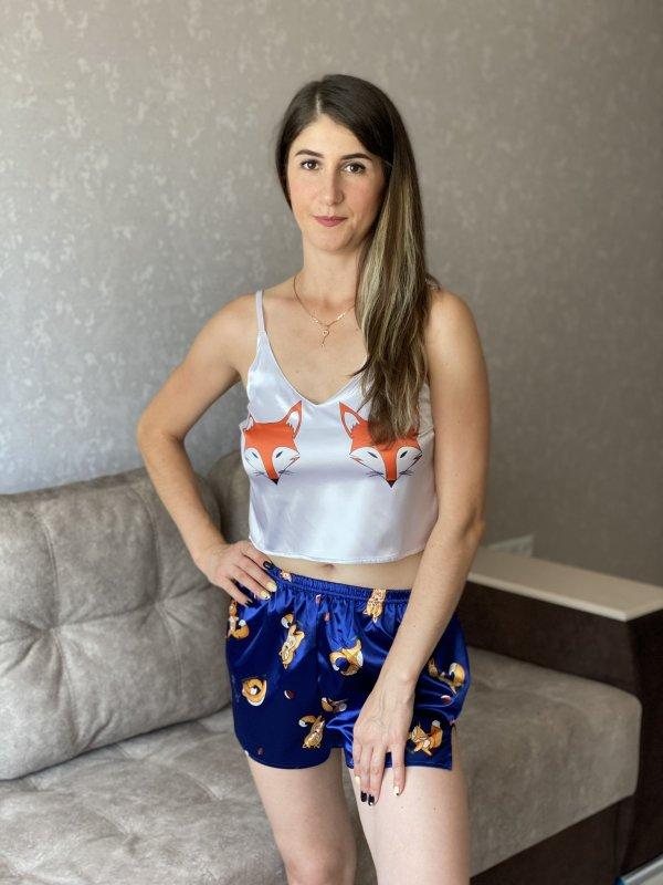 Купить Шелковая пижама {топ + шорты} с принтом лисичек