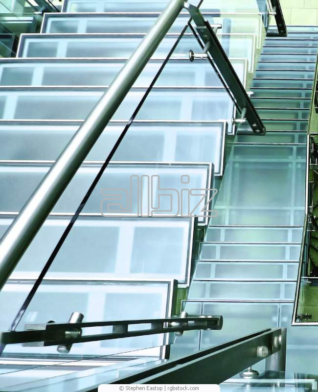 Купить Стеклянная лестница