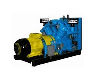Buy The compressor air 4VU0.6-8/3.5, air compressors with air cooling.