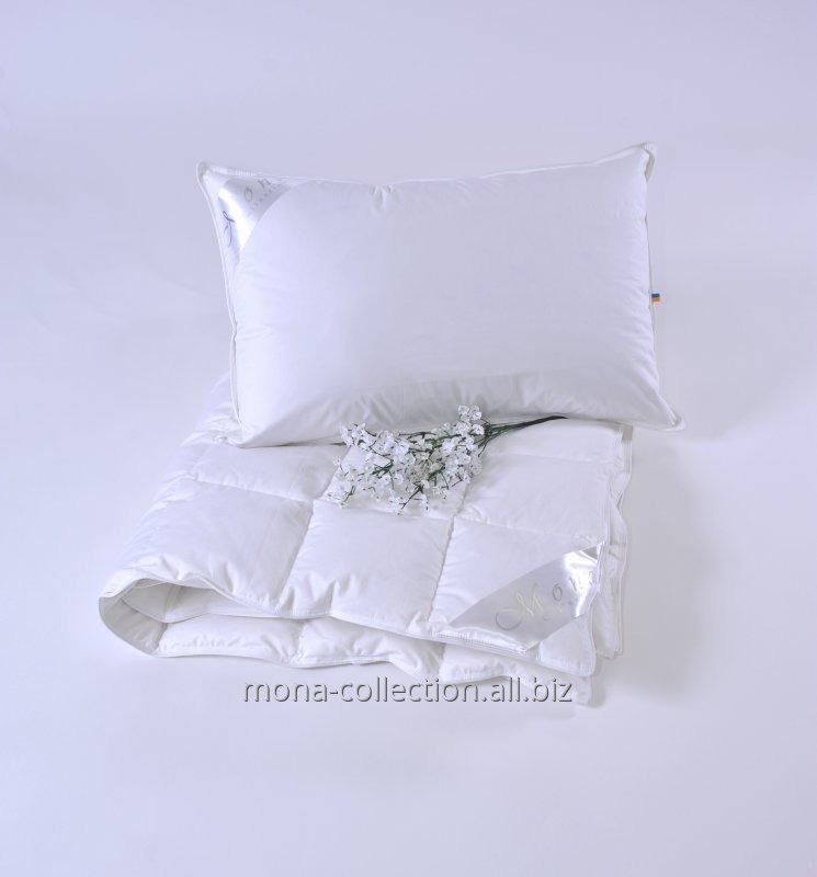 Подушка  50х70 см, 700 г, 100% белый гусиный пух