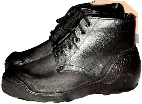 Boots are maslobenzostoyky mbs footwear worker industrial buy in