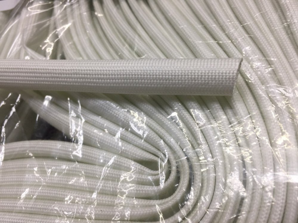 Купить Трубка стеклоармированная с силиконовым покрытием 8 мм, 100 м