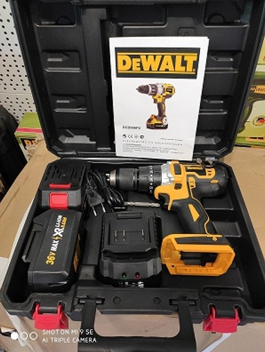 Купить Шуруповерт аккумуляторный DeWALT DCD996P2