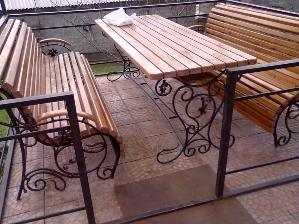 Купить Мебель деревянная садовая.