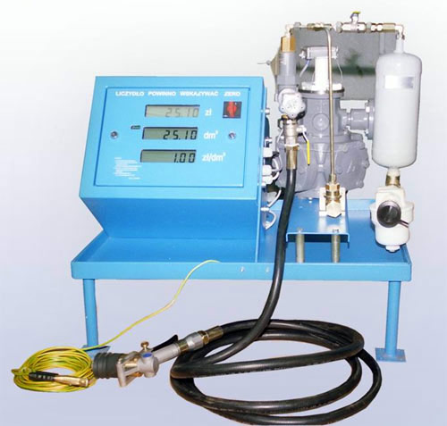 Блок (мерное устройство) для контроля отпуска топлива с электронным счетным устройством. Оборудование газовое автогазовых заправок. Колонки газораздаточные