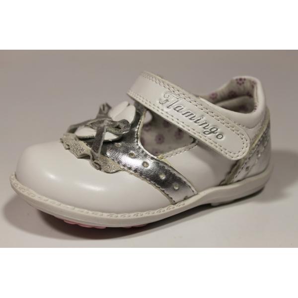Купить Туфли белые для девочки Фламинго Звездочка