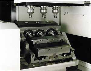 Купить Обрабатывающие центры, 3-шпиндель обрабатывающего центра WYSSBROD, Type MC 512,3-XY - 5 осей для 5 - оси заготовки, оборудование металлообрабатывающие Wyssbrod Technologie AG, купить, цена