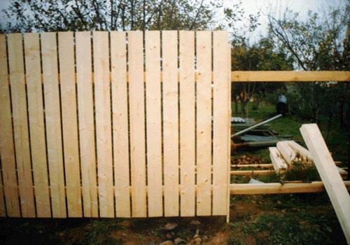 Купить Заборы деревяные любой сложности и дизайна в наличии и под заказ