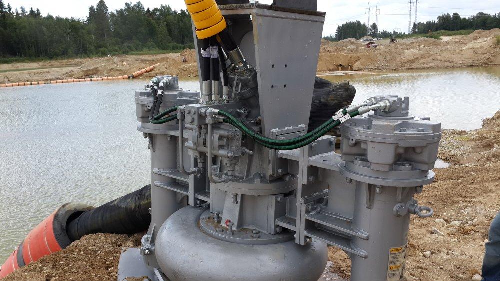 Погружной грунтовый насос для дноуглубительных работ и добычи песка