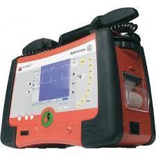Купити Дефибриллятор-монитор PRIMEDIC TM Defi-Monitor XD330 Медаппаратура