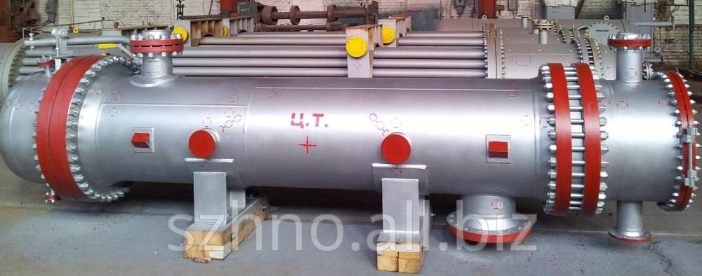 Transfer line heat exchanger with fixed bars and exchanger with temperature compensator on casing diameter of 400, 600, 800, 1000 and 1200 mm according to TU 26-02-1090-88