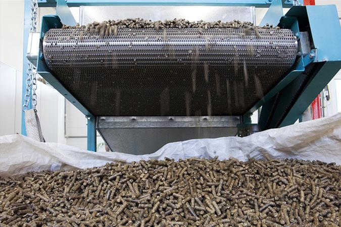 Купить Сетка транспортерная для пеллет, топливных гранул, топливных брикетов.