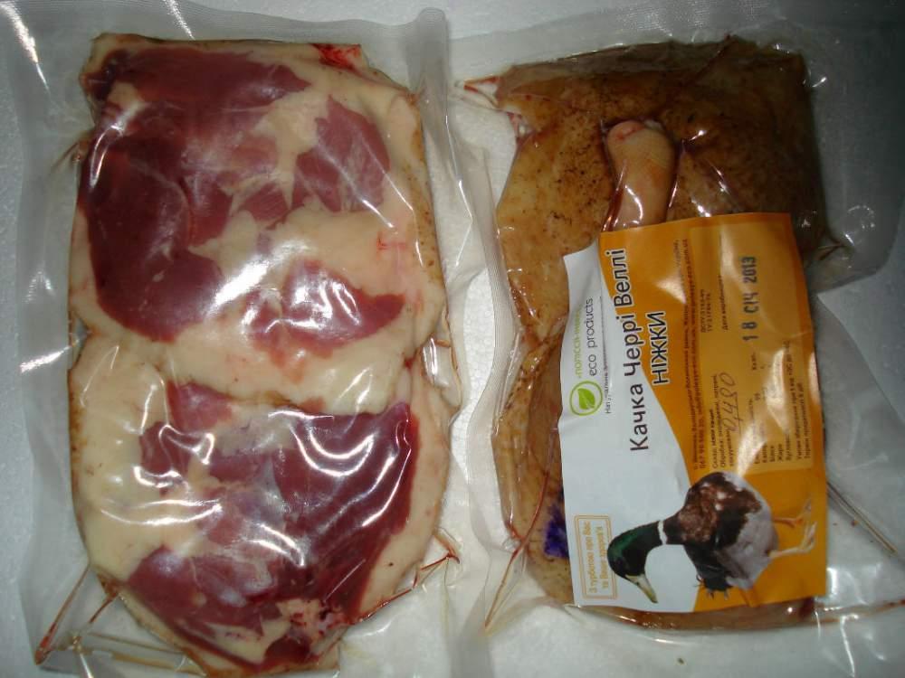 Купить Мясо утки охлажденное. Ножки утки (2 шт в упаковке).