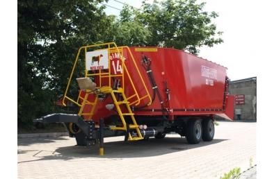 Миксер-кормораздатчик Metal-Fach, T659  18 м3